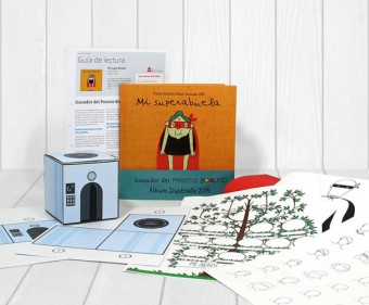 book box de BOOLINO amb 'Mi superabuela'